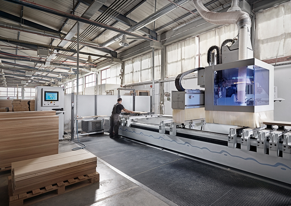 SECOND 5 AXIS CNC PROCESSING CENTER INSTALLATION